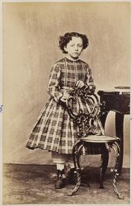 Portret van een meisje uit familie De Kempenaer