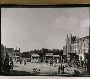 Het Buitenhof tijdens de Haagse kermis gezien naar de Gevangenpoort, met de stadhouderlijke familie
