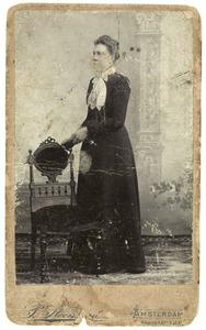 Portret van Sara Geertruida Mol (1880-1960)
