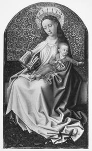 Gekroonde Maria met kind gezeten op een zodenbank