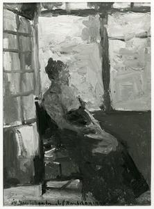 Zittende vrouw aan het raam
