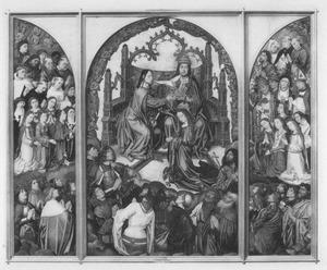 De kroning van Maria omringd door heiligen en kerkvaders