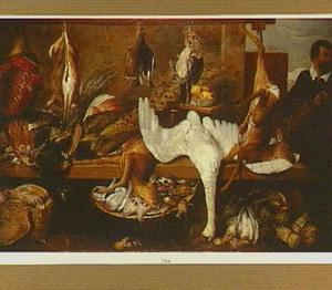 Marktkraam van een poelier met spelende kat en haar jongen