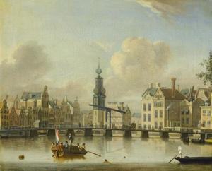 Gezicht op de Singel en de Munttoren in Amsterdam en een brug op de voorgrond