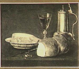 Stilleven met brood, wijnglas en metalen kan