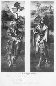 Jozef van Arimathea met de doornenkroon (links); Nicodemus met hamer en spijkers (rechts)