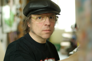 Portret van Philip Akkerman werkend in zijn atelier