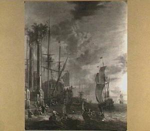 Gezicht op een mediterrane haven met op de voorgrond gezicht op een tempelruïne