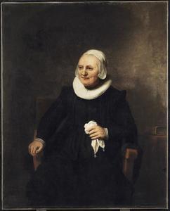 Portret van een zittende vrouw met zakdoek
