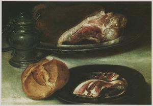 Stilleven met ham en brood