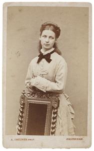 Portret van Louise Pauline van de Poll (1857-1943)