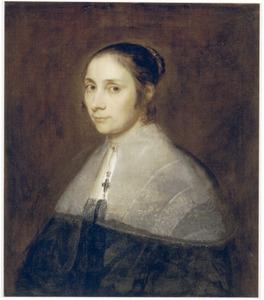 Portret van een vrouw met een kraag en een juwelen kruisje