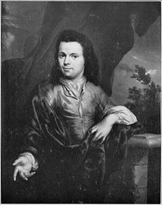 Portret van een man voor een balustrade met een doorkijk naar een landschap