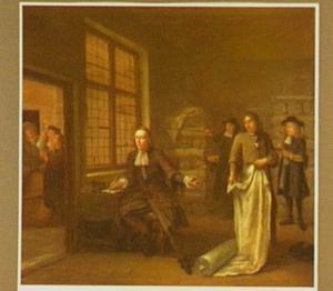 Interieur van een stoffenmagazijn met figuren die de stoffen keuren, links een doorkijkje