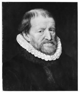 Portret van een man met baard en kleine plooikraag