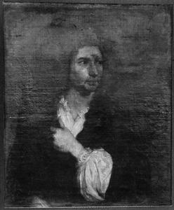 Portret van een man in hemd en mantel