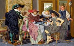 Elegant etend en drinkend gezelschap aan tafel in een interieur