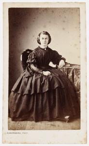 Portret van Suzanna Jacoba Johanna Hooft (1828-1918)