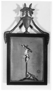 De H. Maria Magdalena het kruis omarmend