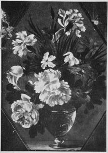 Stillleven van bloemen in een glazen vaas