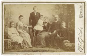 Portret van Samuel John graaf van Limburg Stirum (1840-1898) en zijn gezin