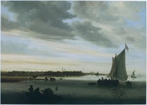 Rivierlandschap met Haarlem aan de horizon