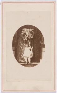 Portret van Joanna Jacoba Francisca Malmberg (1868-1920) en Johanna Elisabeth Valckenier Kips (1905-1984)