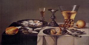 Stilleven met oesters, drinkgerei en zoutvat