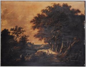 Landschap met ruiter en een bedelaar op een landweg langs een bos