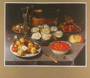 Stilleven met oesters, vruchten en glaswerk