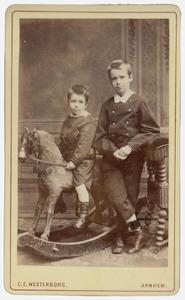 Portret van twee jongens