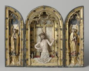 Engel (binnenzijde linkerluik); Man van smarten (middendeel); Engel (binnenzijde rechterluik)