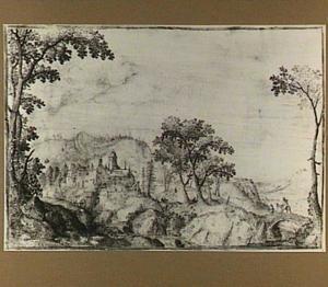 Berglandschap met rivier en kasteel