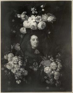 Cartouche stilleven rondom een mansportret
