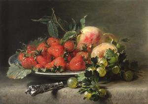 Stilleven met aardbeien, perziken en kruisbessen