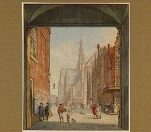 Haarlem, de Grote of Sint Bavokerk gezien vanaf de Vismarkt