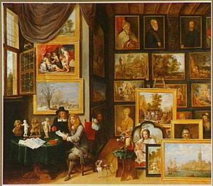 Twee mannen, die een lakzegel bestuderen in een schilderijenkabinet