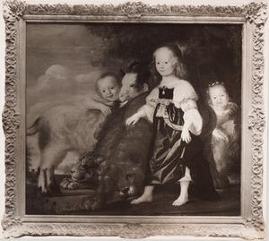 Portret van drie kinderen in arcadisch kostuum met enige dieren