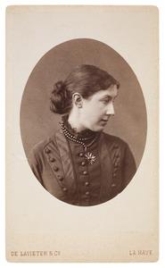 Portret van Wilhelmine barones van Hogendorp (1853-1926)