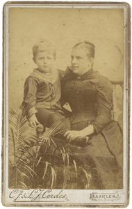 Portret van Eugenie Jeannette Bernardine Josine Alxandrine van Lierop (1855-1923) en Daniël Adolf Camerling Helmolt (1886-1960)