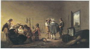 Wachtlokaal waarin soldaten zich verpozen met twee vrouwen