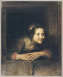 Jonge vrouw leunend uit een venster met in haar hand een kralensnoer