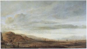 Panoramalandschap met bergen en een meer