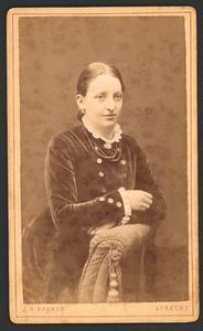 Portret van Anna Maria Elisabeth van Dissel (1862-1938)