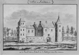 Linker en voorzijde van het kasteel van Leerdam