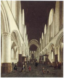 Gezicht door het middenschip naar het koor van de St. Bavo te Haarlem