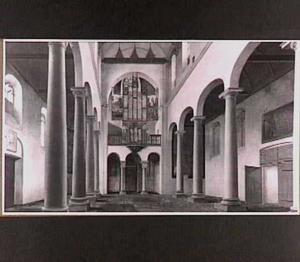 Interieur van het schip van de Pieterskerk in Utrecht, gezien naar het Westen