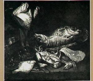 Visstilleven met kabeljauw in mand, krab, kreeft, schol, moot zalm en rog; een weegschaal ter linker zijde