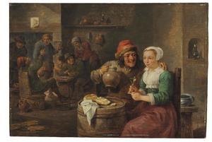 Herberginterieur met een drinkende man en vrouw