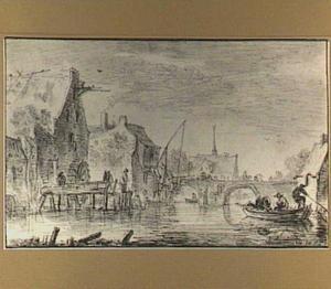 Kanaal in een stad met watermolen en brug